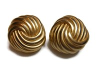 FREE SHIPPING Erwin Pearl earrings, trefoil circle knot ...