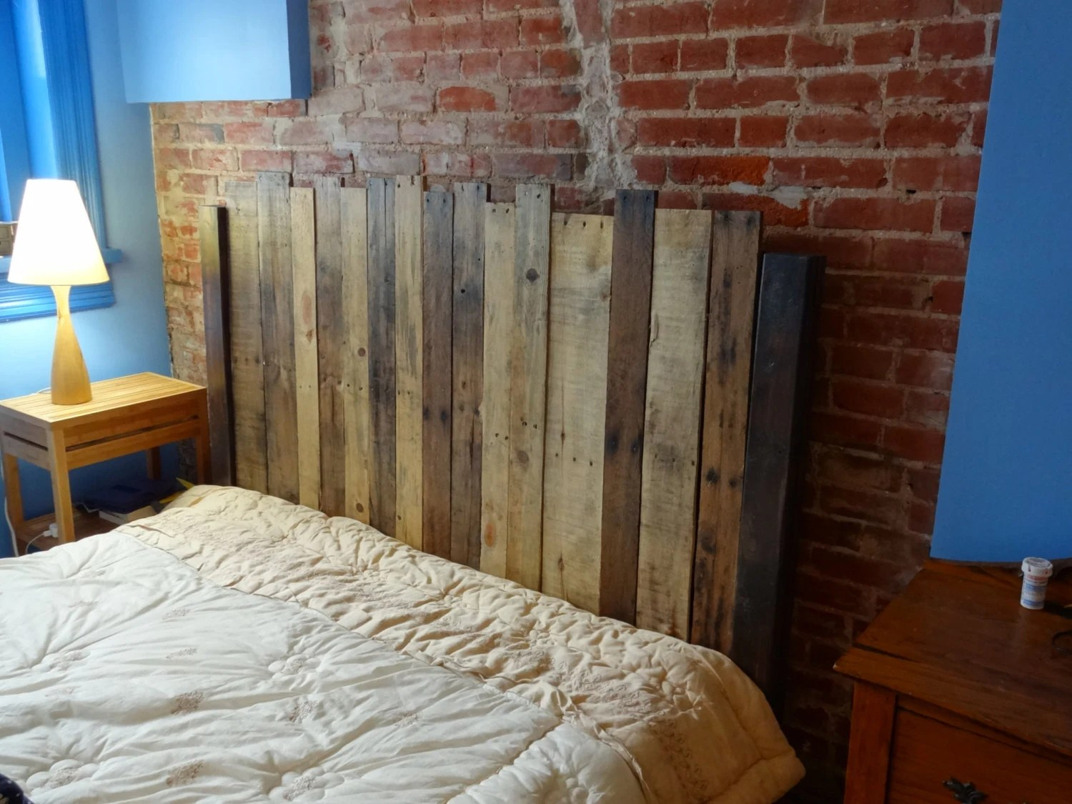 How To Make Headboards For King Size Beds Twin Size Reclaimed Wood Headboard
