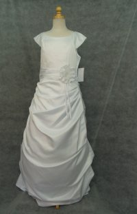 Beautiful First Communion dresses White Satin Size 14 16