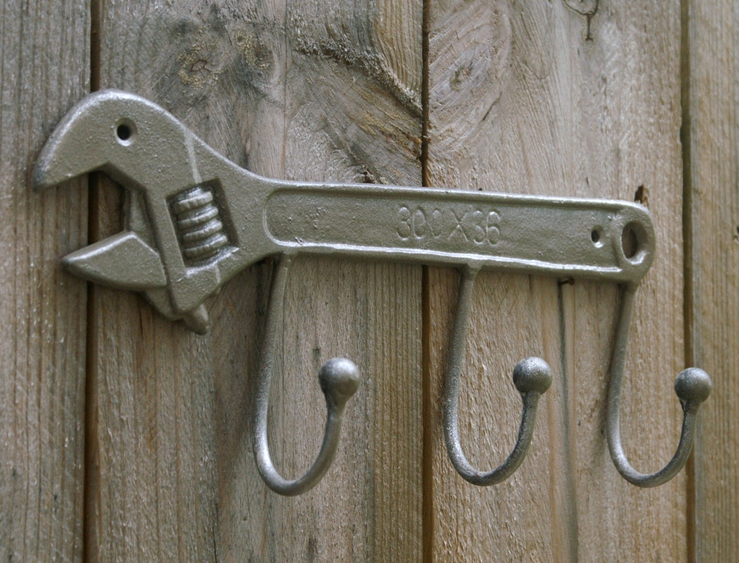 Key Shaped Key Rack Wrench Shaped Metal Wall Hook Hanging Cast Iron Key Rack Tool