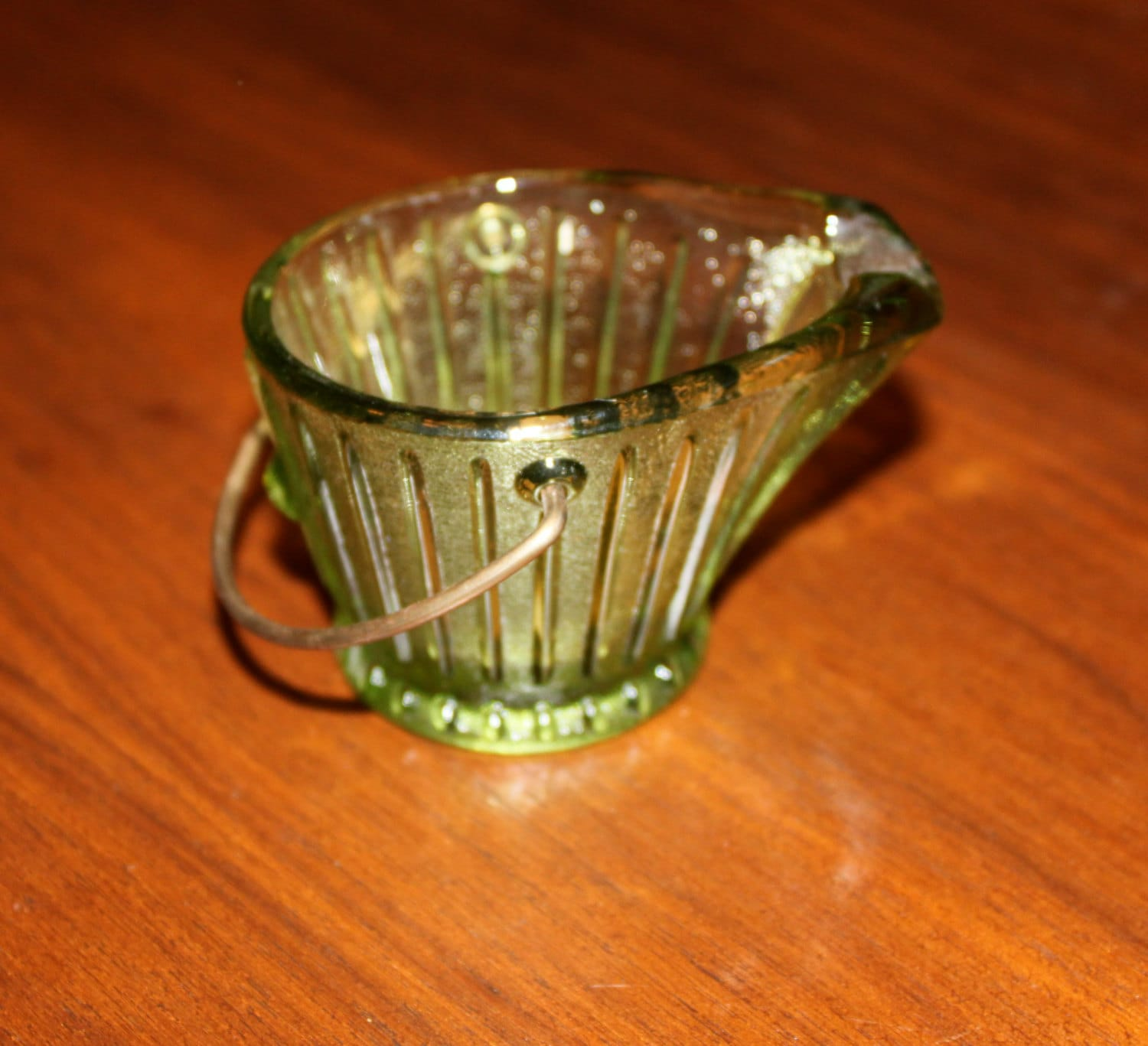 Novelty Toothpicks Vintage Green Depression Glass Salt Cellar Ashtray Toothpick