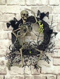 Skeleton Halloween Wreath Skeleton Wreath Halloween Decor