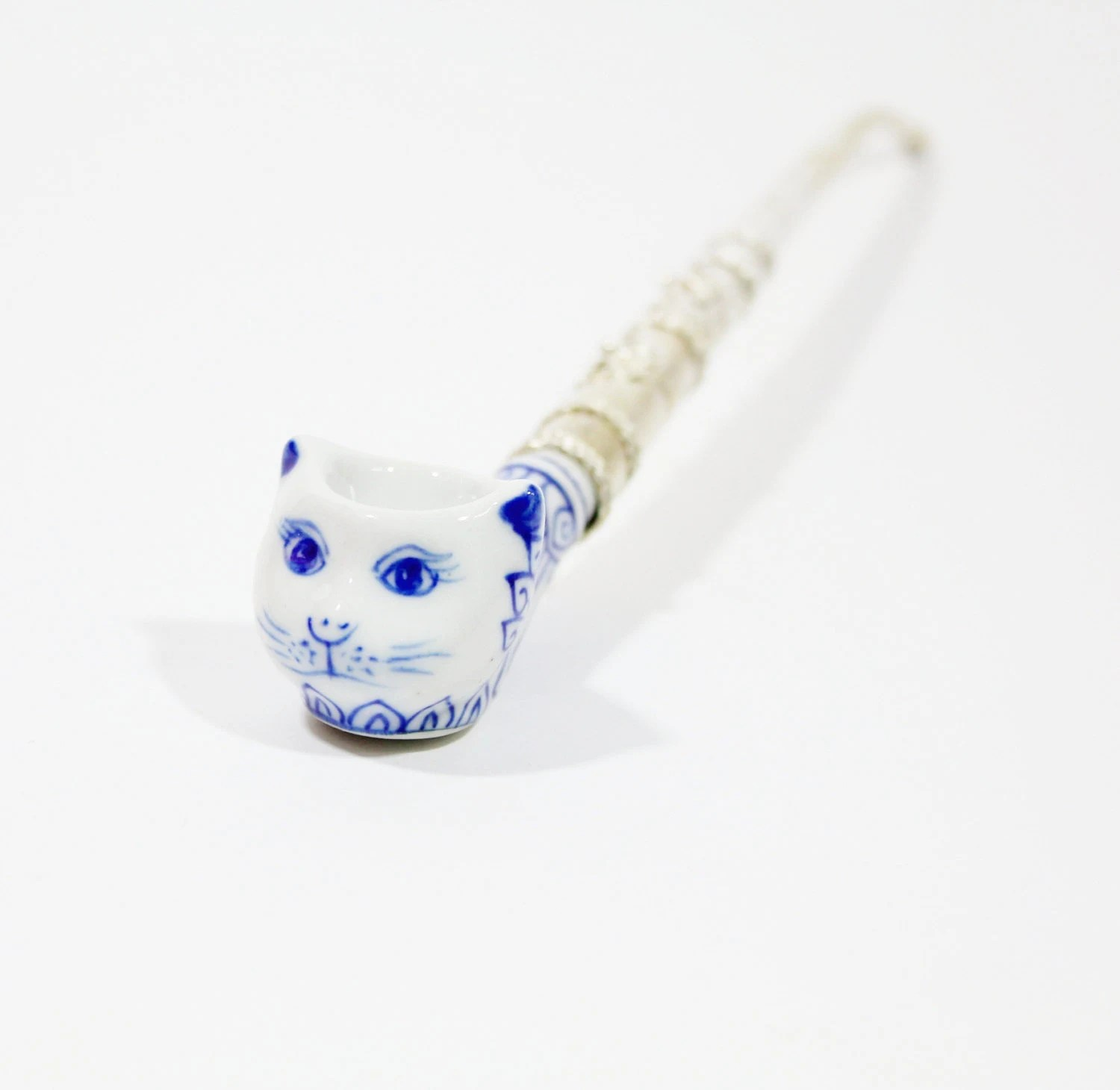 The Classic Cat Tobacco Smoking Pipe with Nickel Silver Pipe