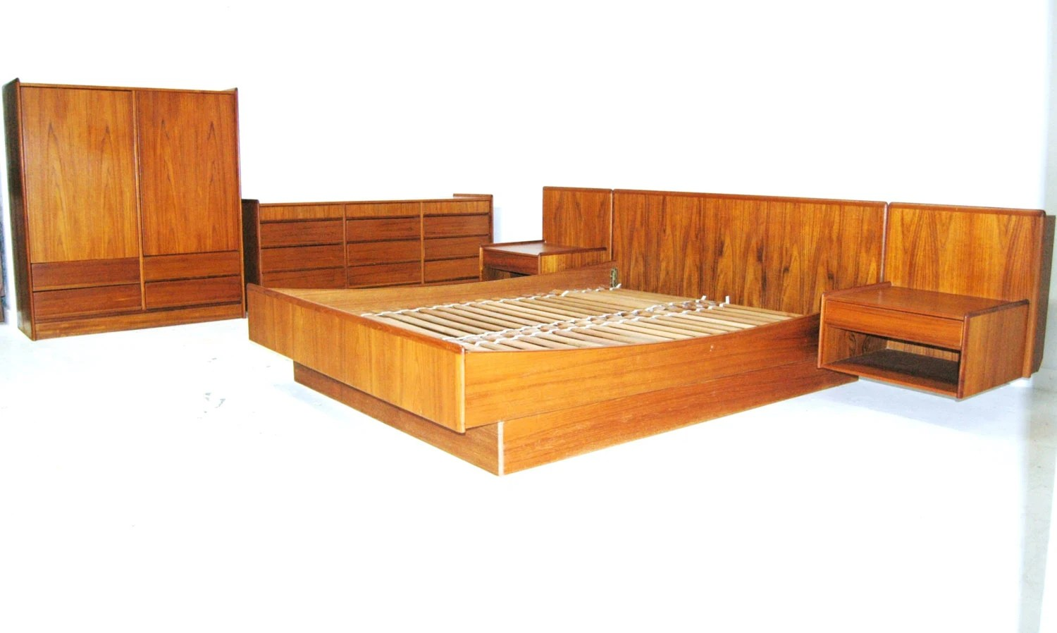 Floating Bedroom Floating Platform Bedroom Set Vintage Mid Century Teak