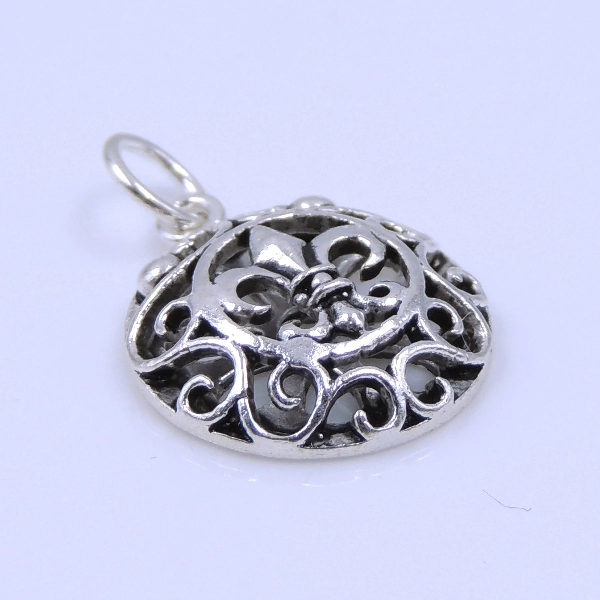 Wholesale Jewelry Findings Canada S925 Sterling Silver 17mm Celtic Vintage Round Fleur De