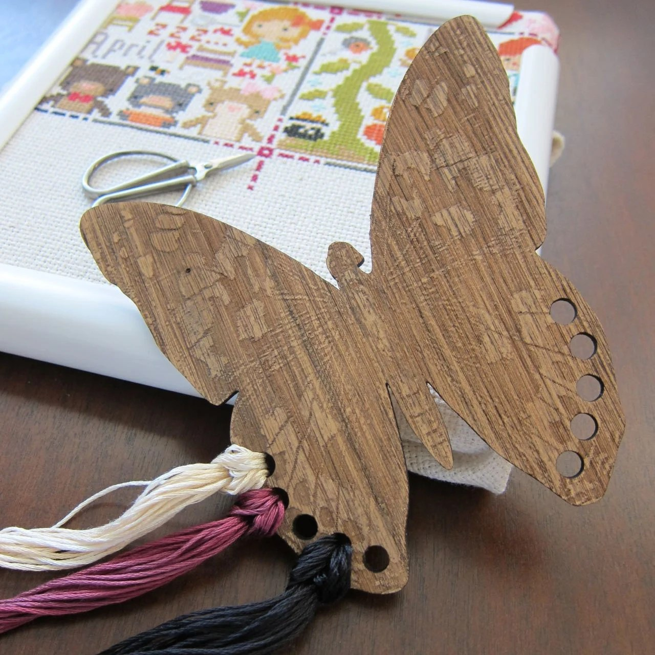 Embroidery Floss Organizer Wooden Thread Holder Butterfly
