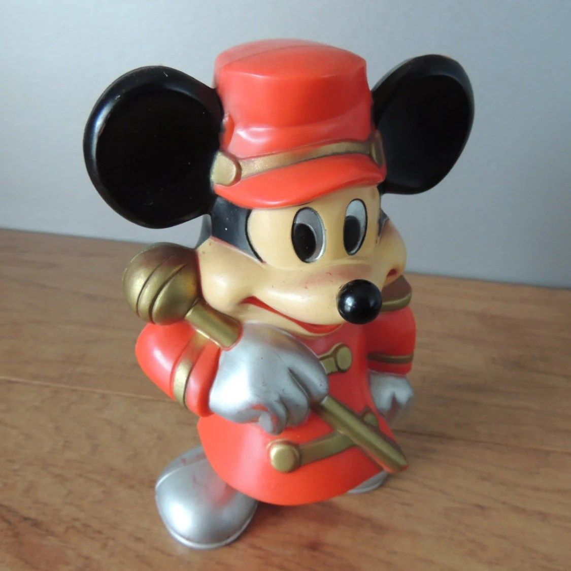 Plastikbank Vintage Rare Hard Plastic Mickey Mouse Bank Mickey Mouse Band