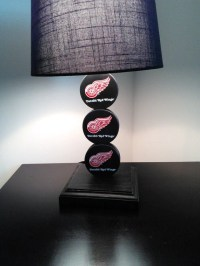 Detroit Red Wing Hockey Lamp