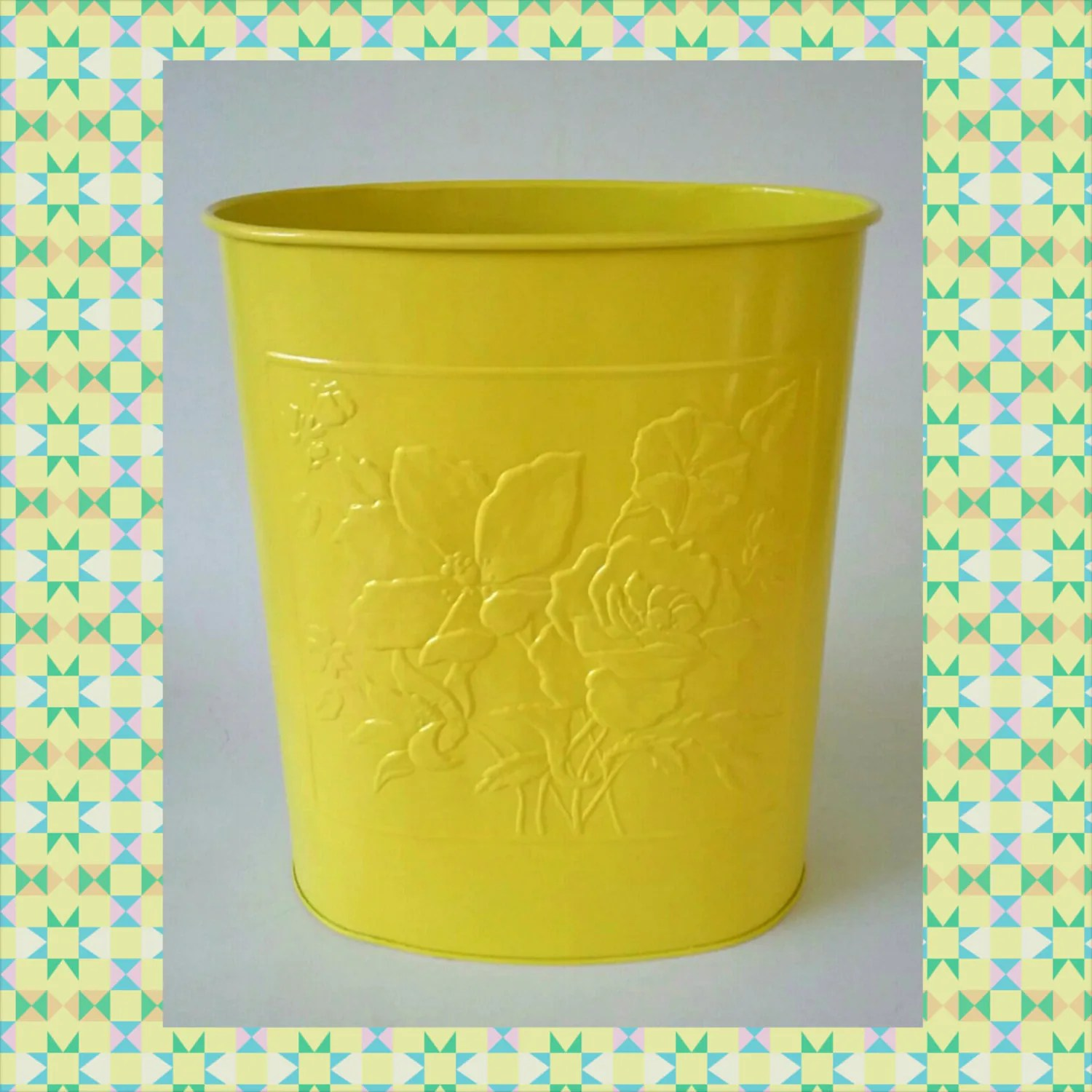 Modern Bathroom Trash Cans Yellow Metal Trash Can Waste Receptacle Steel Garbage Bin