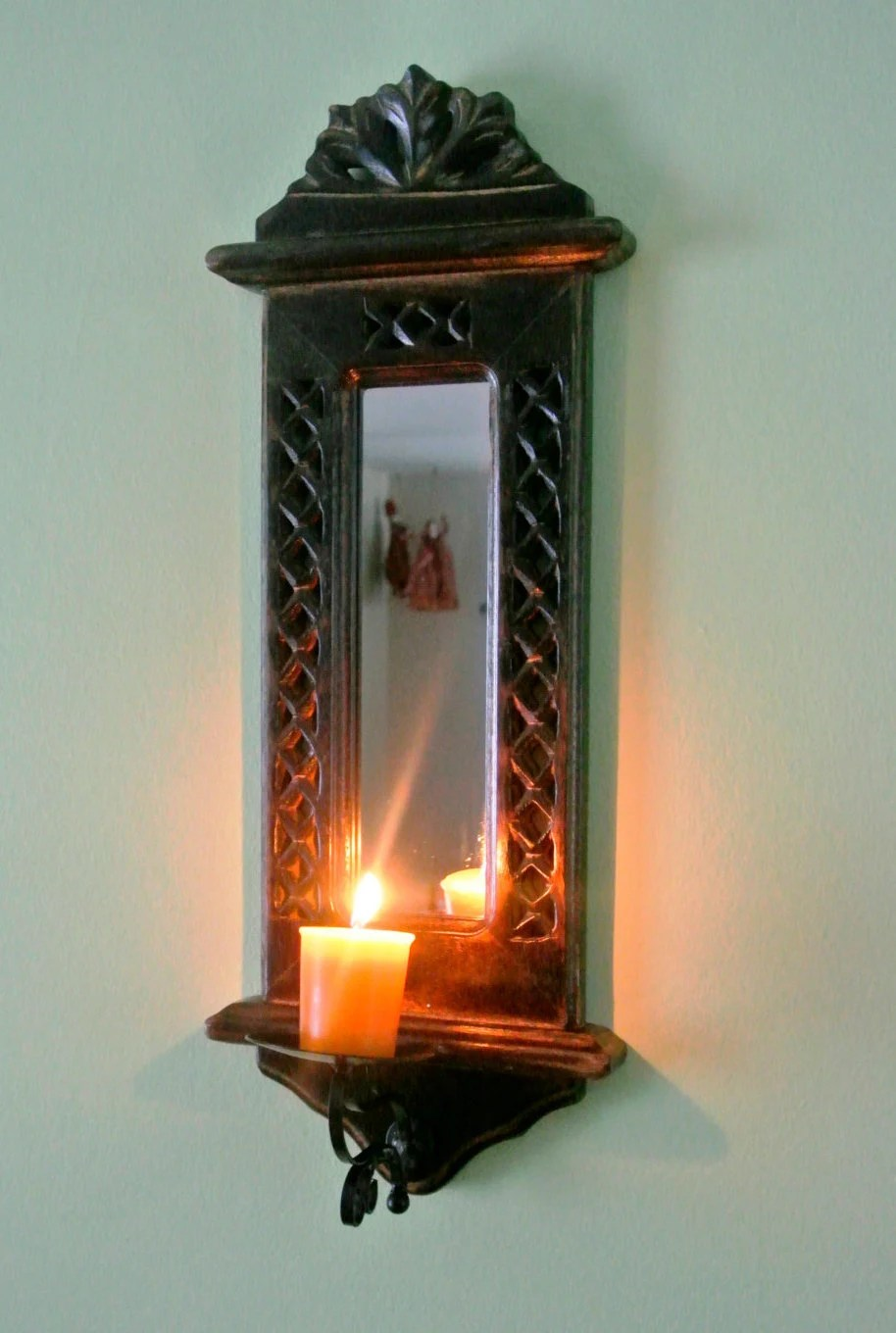 Classic Wooden Candle Holder With Mirror Wall Mount By