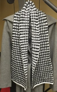 Alabama Football Crochet Houndstooth Scarf Black and White