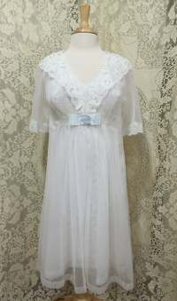 New Old Stock 1971 Peignoir Bridal Set