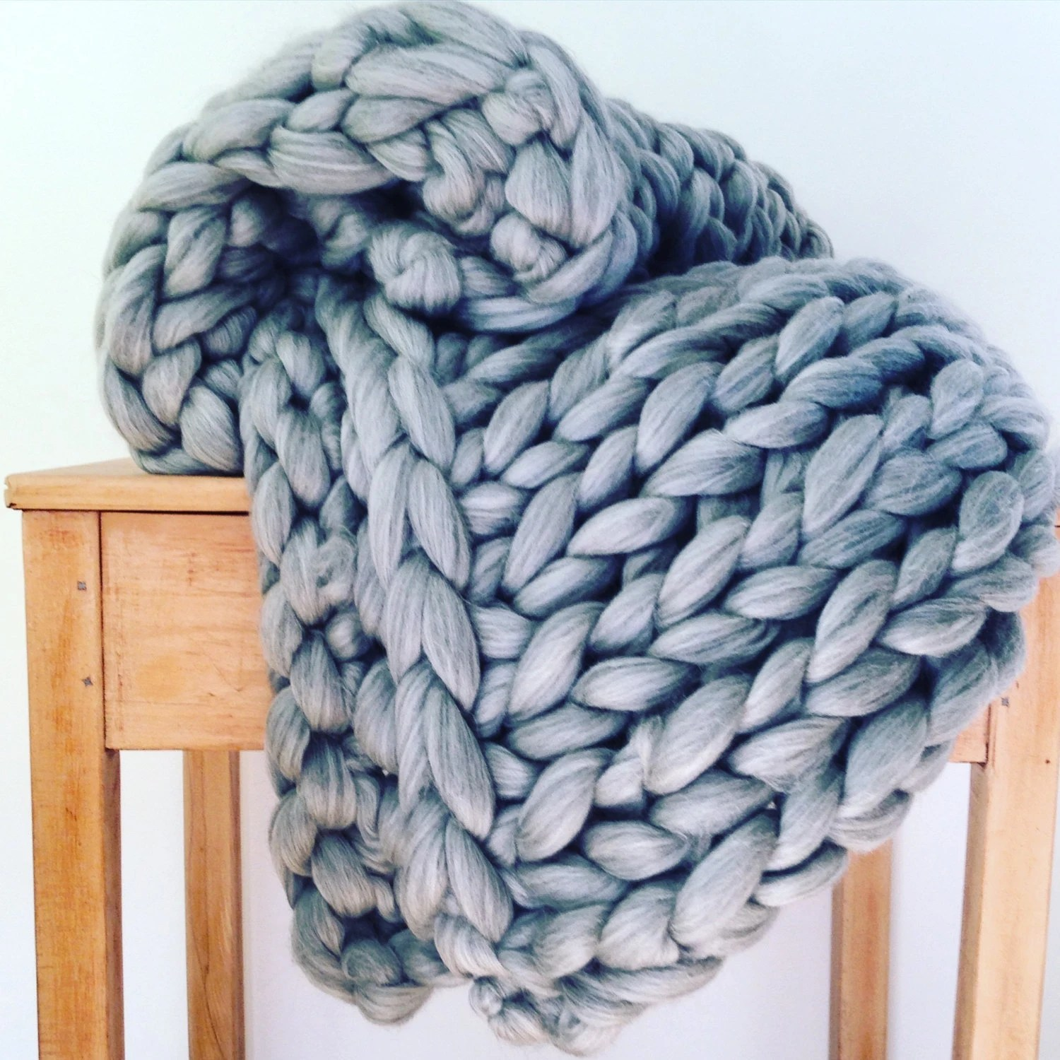 Woll Decke Giant Knitted Blanket. Chunky Knit Throw. Pure Wool Giant