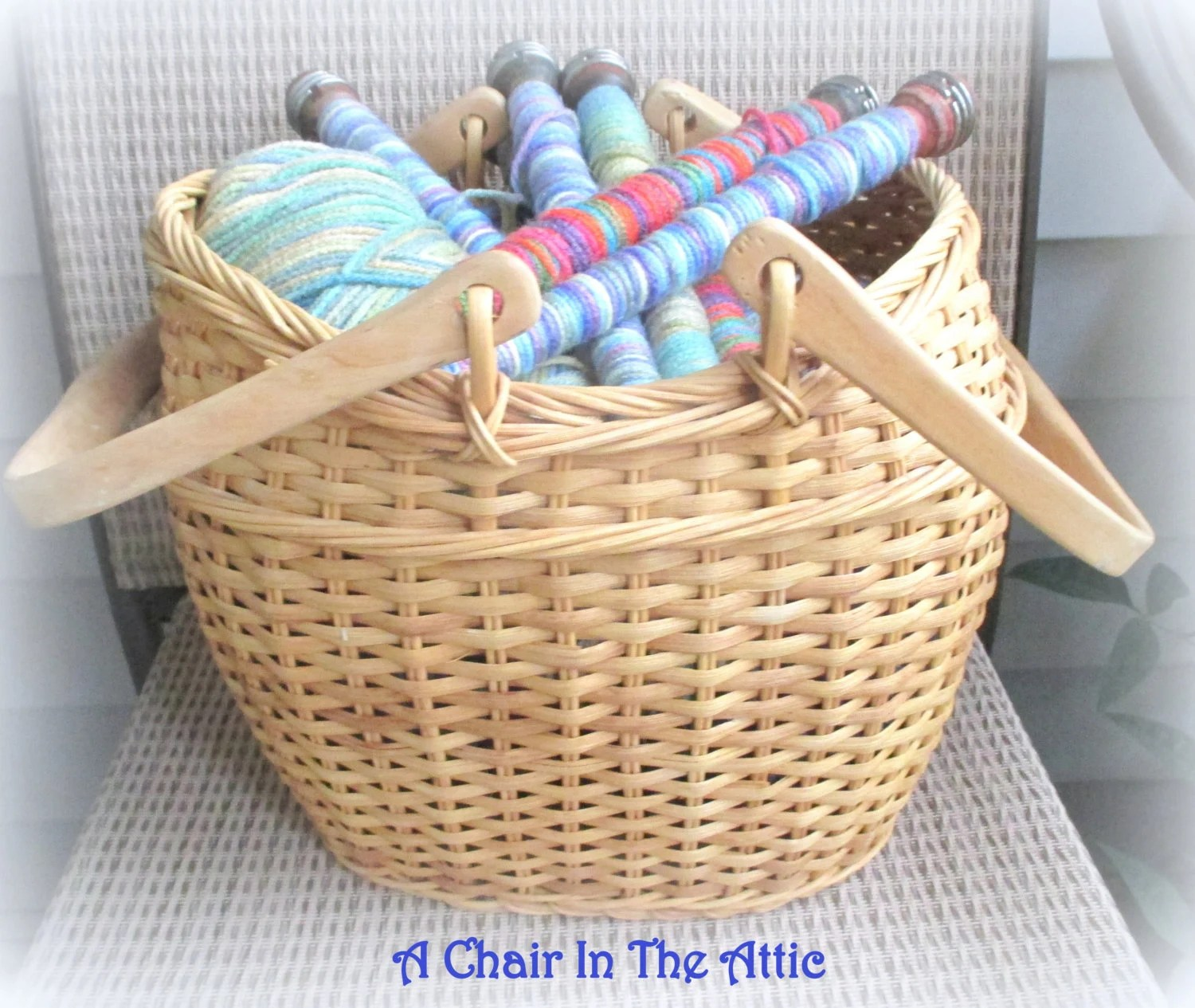 Rattan Yarn Large Light Rattan/wicker Yarn Basket With Swivel Handles