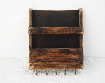 Rustic Mail Holder And Key Rack Wall Mount By Regalosrusticos