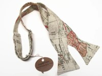 Men's Bow Tie in World Map light free style self tie