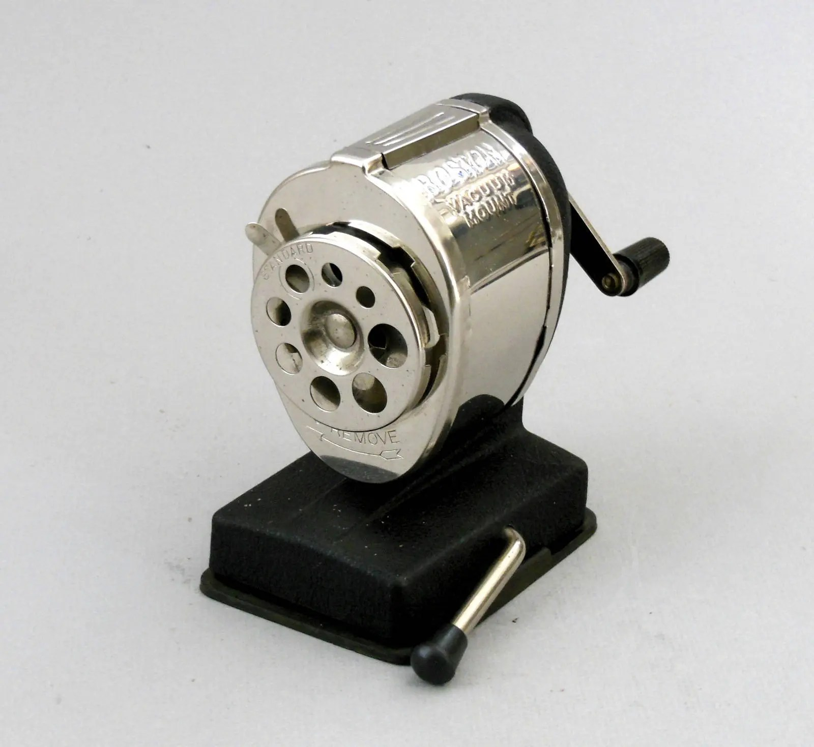 Aweinspiring Vintage Boston Vacuum Mount Metal Pencil Sharpener Heavy Duty Adjustablesizing Retro Made Usa Grey Satin Vintage Boston Vacuum Mount Metal Pencil Sharpener Heavy Duty houzz-02 Boston Pencil Sharpener