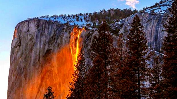 Fall Waterfall Wallpaper Hd Parc Yosemite Usa Une Quot Cascade De Feu Quot Qui Ravit Les