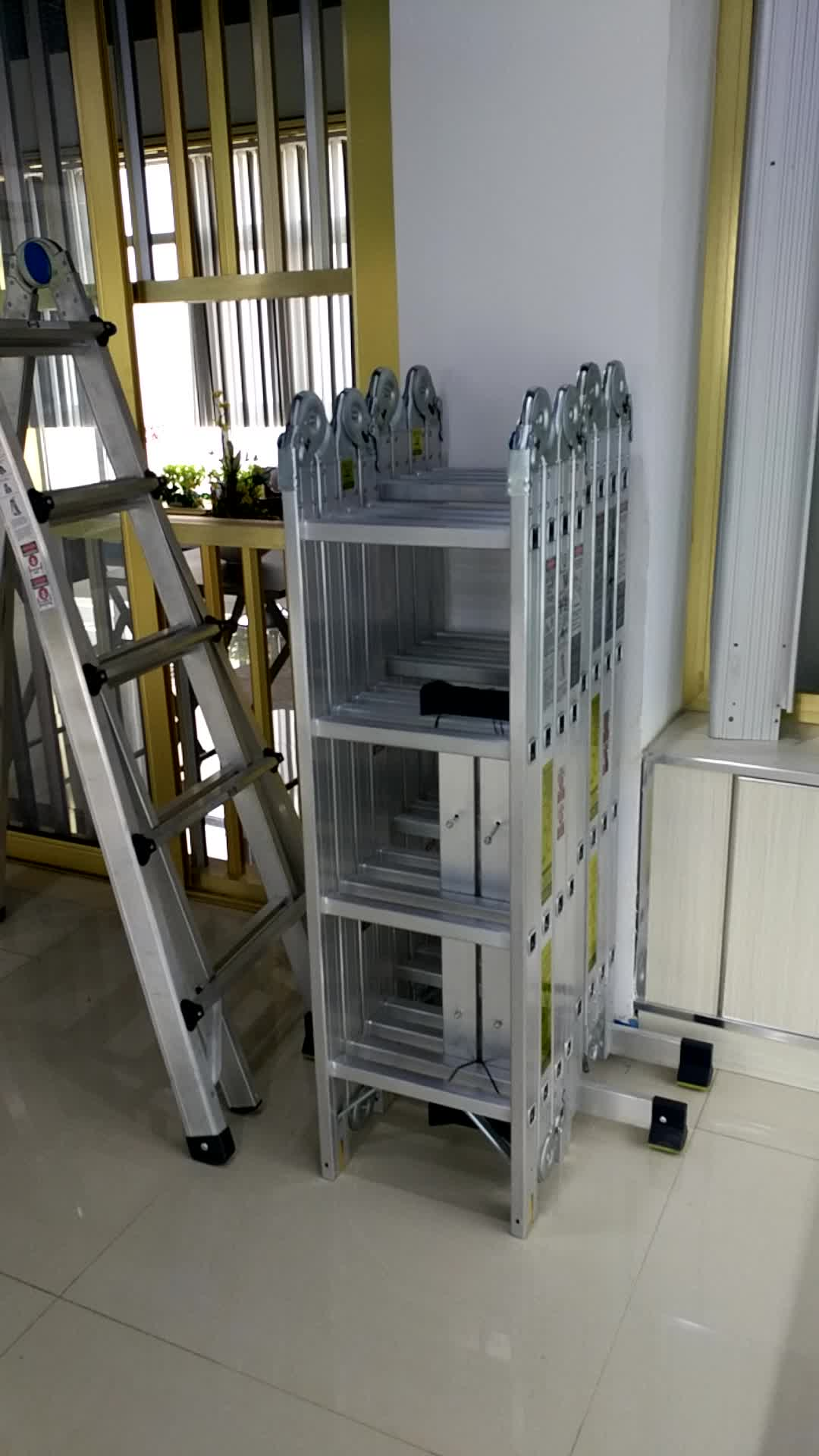 China Manufacturer Multi Purpose Aluminum Ladder Folding