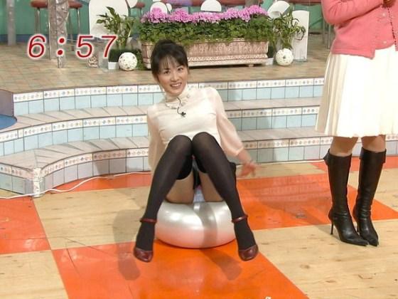 【TV放送事故エロ画像】地上波放送で映された女性たちの恥ずかしいシーン 17