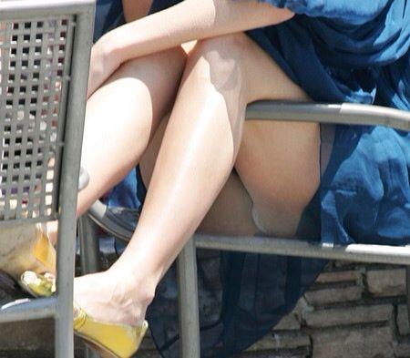 【エロ画像】女の子たちのいろんな角度のいろんなハプニング画像を集めてみました 07