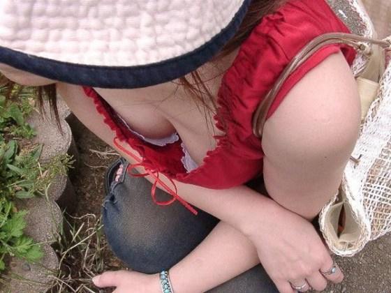 【エロぱんつ画像】おっぱい&パンチラのハプニング画像を集めてみましたww 10