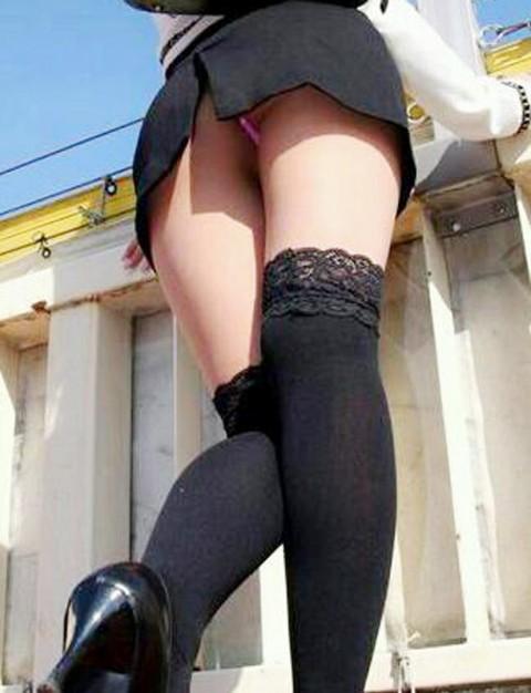 【パンチラ画像】女の子ハプニングパンチラ画像集めてみましたww 12