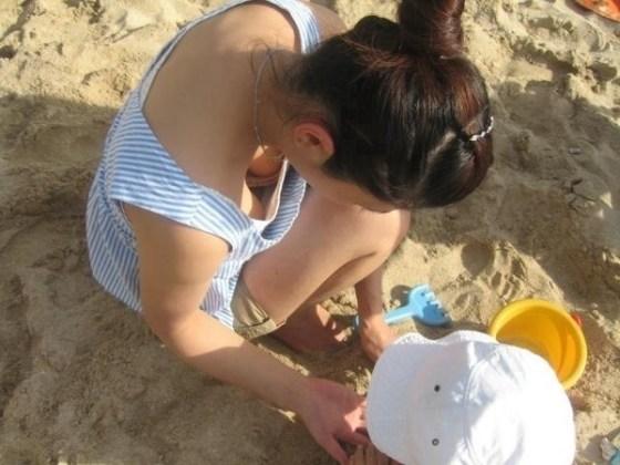 【チラ画像】エロいお姉さんたちのハプニング画像集めてみましたww 13