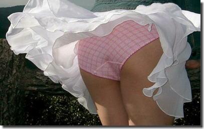 【チラチラ画像】ハプニング大集合!!女の子達のあれやこれやのチラチラ画像を集めてみましたww 18