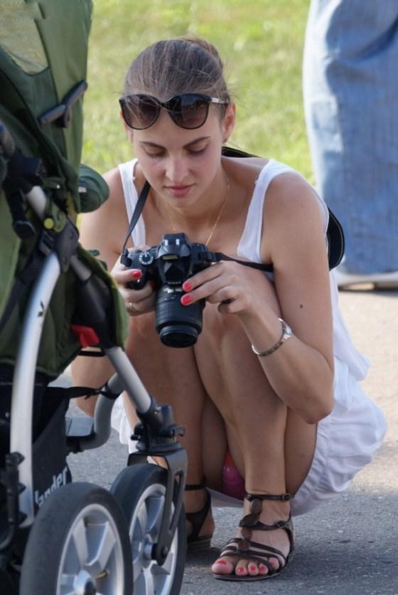 【パンチラ画像】見えて当たり前のパンチラばっかな女の子たちの画像を集めてみましたww 08