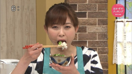 【擬似フェラ画像】食レポと題してフェラの練習する女子アナやアイドル達www 12