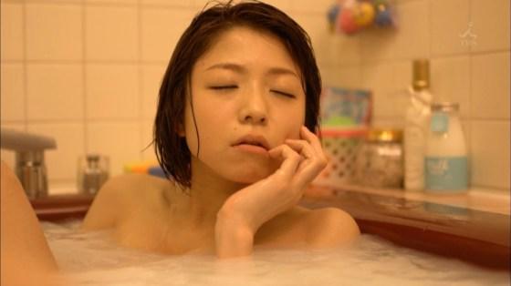 【入浴キャプ画像】際どいシーン満載の温泉レポ!いつポロリしてもおかしくないぞww 23