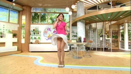【放送事故画像】TVでパンツが見えてる?んなアホなww見えてるじゃない!! 11