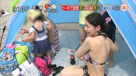 【水着キャプ画像】この時期テレビ局は水着美女のオッパイで視聴率上げまくるww 24