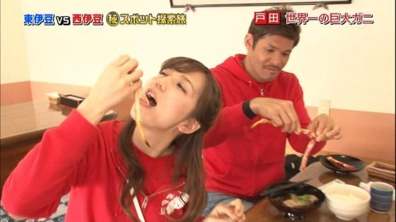 【擬似フェラキャプ画像】チンコ咥えるかのようにエロい食べ方するタレント達の表情がエロすぎるw