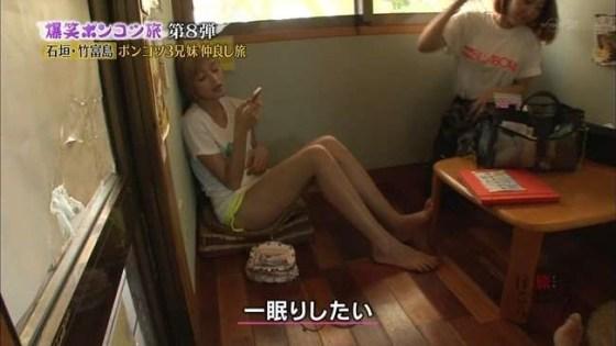 【太ももキャプ画像】美脚自慢の綺麗な脚のタレント達がパンチラ寸前まで太もも露しまくりww 16