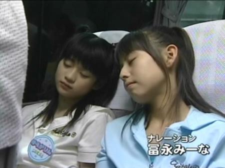 【寝顔キャプ画像】こんな可愛い寝顔した美女が隣にで寝てくれてたら癒されるだろうなぁw 21