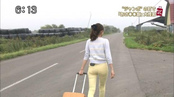 【お尻キャプ画像】ピタパン履いたタレント達がテレビでエロいお尻強調し過ぎww 13