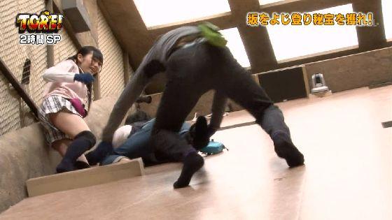 【放送事故画像】テレビでパンチラチラリズムwお前のパンツは何色だww 01