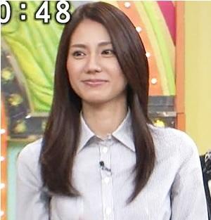 【放送事故画像】じんわり染みになっちゃった脇の汗がテレビに映っちゃった女性達www 17