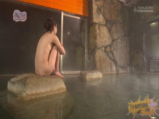 【お宝エロ画像】いつ見てもエロい「温泉に行こう!」今回も可愛いお尻が見れますよww 45