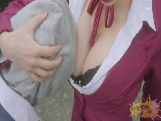 【お宝エロ画像】監獄学園第4話!まさか、脱衣からの聖水シーンまでやっちゃう!? 21