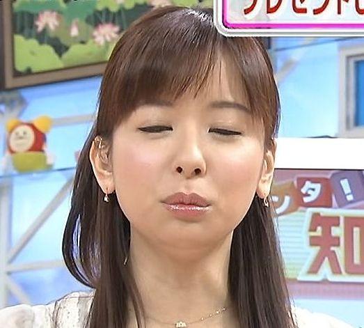 【放送事故画像】思わずテレビにキスしちゃいそうな女子アナやアイドルのキス顔ww 04