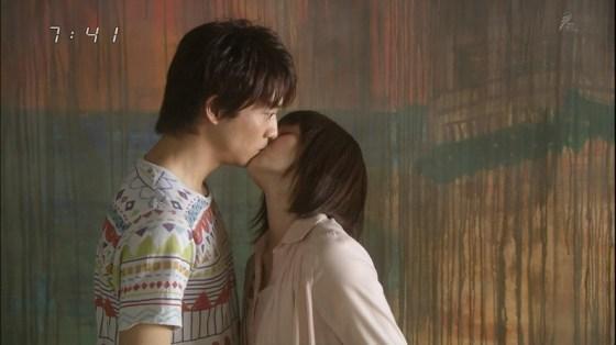 【放送事故画像】キス顔とかキスシーン見てたらキュンキュンしない?ww 05