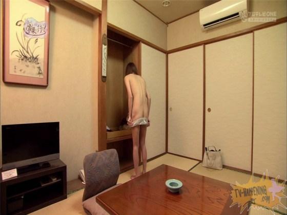 【お宝エロ画像】今回のもっと温泉に行こうに出た女が細すぎて脱いでるのにエロく見えないのは俺だけ?ww 11