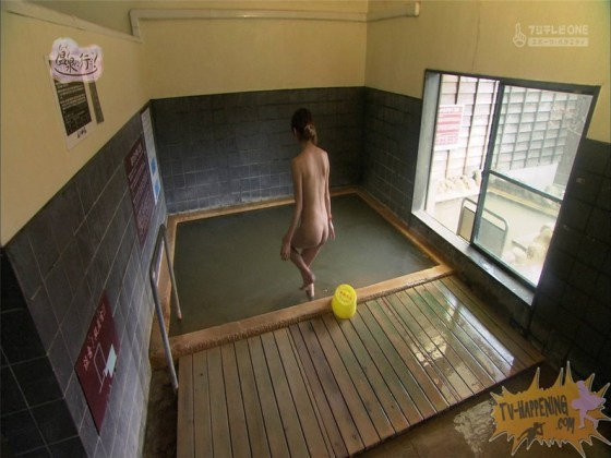 【お宝エロ画像】今回のもっと温泉に行こうに出た女が細すぎて脱いでるのにエロく見えないのは俺だけ?ww 19
