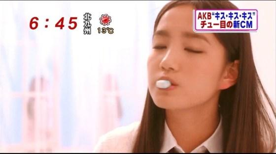 【放送事故画像】テレビ越しだけど、思わず吸い付きたくなるエロいクチビル! 13