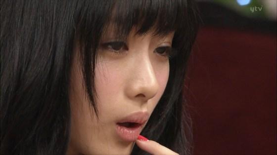 【放送事故画像】テレビ越しだけど、思わず吸い付きたくなるエロいクチビル! 18