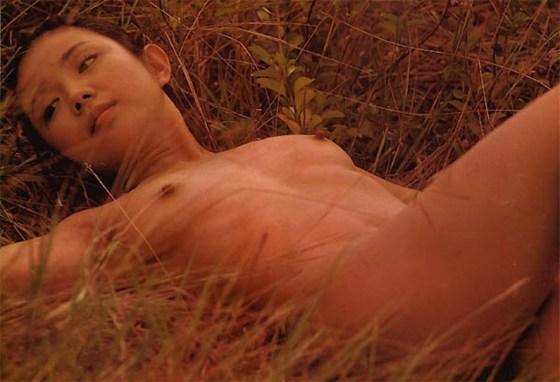 【お宝濡れ場画像】女優達が全裸で演ずる濡れ場のシーンが過激すぎて勃起不可避な件ww