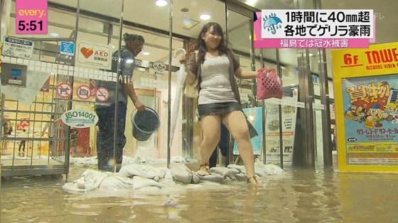 【放送事故画像】テレビに出てる女の子の脚ってなんでこんなにきれいでエロいんだ?w 02